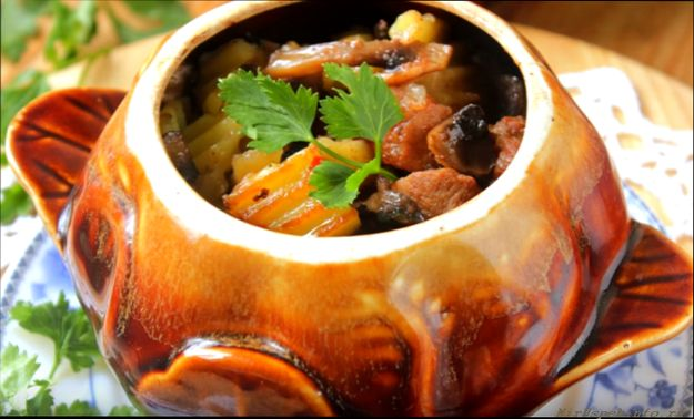 Рецепты жаркого горшочках фото