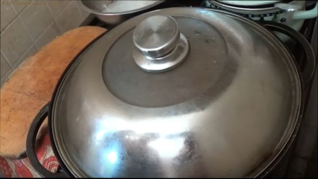 готовим жаркое из мяса овощей на сковороде