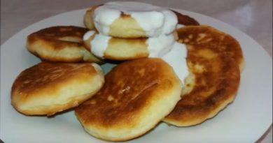 Сырники из творога, рецепты с фото сырников с манкой в духовке