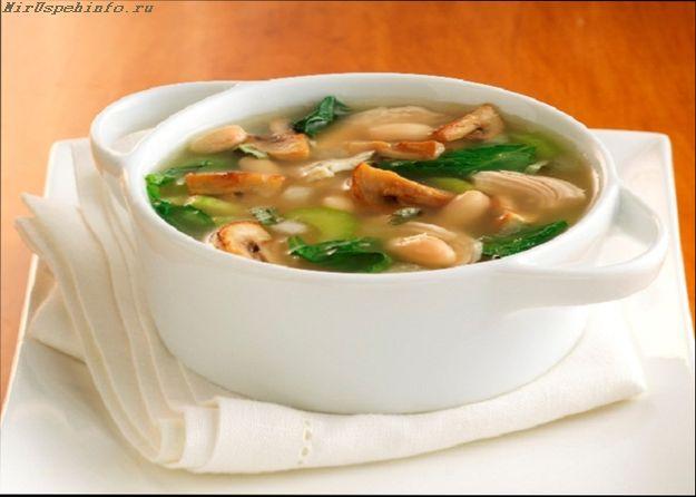 Постный грибной суп с овощами и гречкой