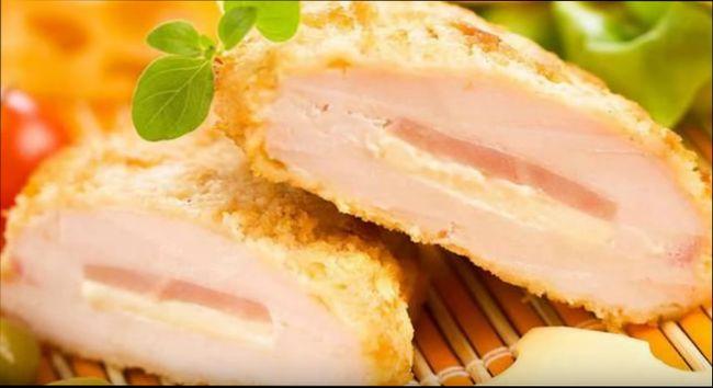 Горячие блюда - Куриная грудка, выполненная по принципу Кордон Блю