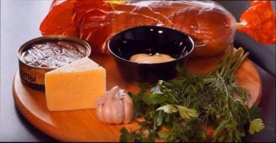 Рецепт приготовления вкусных бутиков со шпротами в духовке