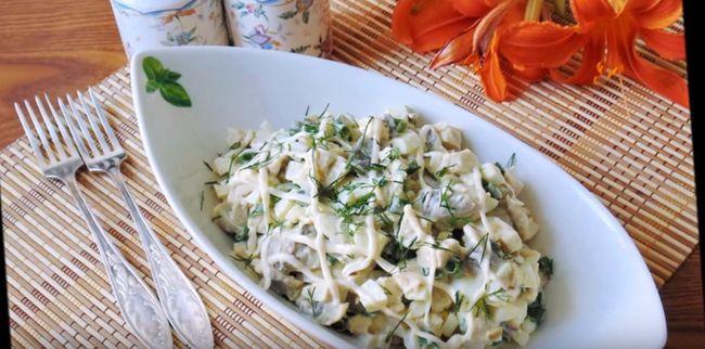 салат-с-курицей-и-грибами-5-лучших-рецептов