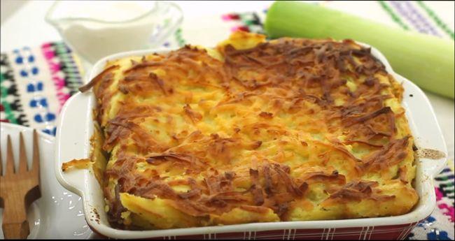 Запеканка из картофеля и курицы с сыром