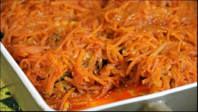 Рыба под маринадом из моркови и лука в духовке