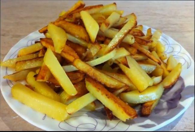Рецепты, как вкусно пожарить картошку на сковороде