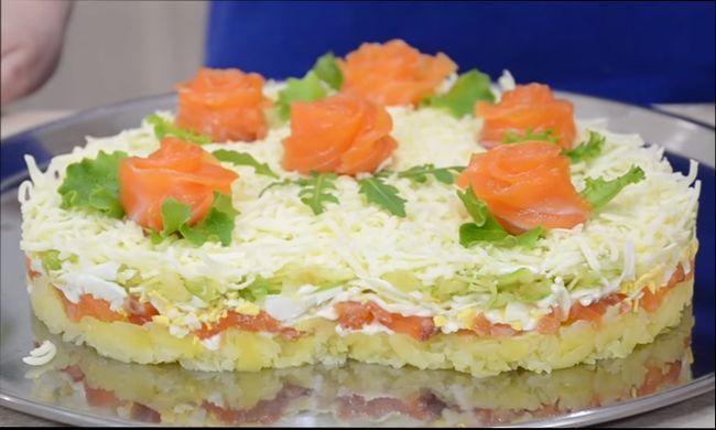 Салат к 14 февраля «Нежность» с лососем