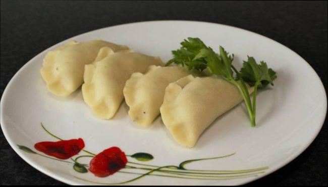 Классические вареники с картошкой
