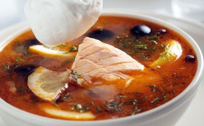 Домашняя, остренькая рыбная солянка