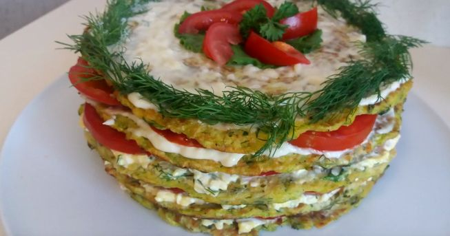 Классический овощной торт из кабачков