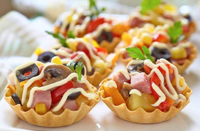Новогодний закусочный салатик в тарталетках