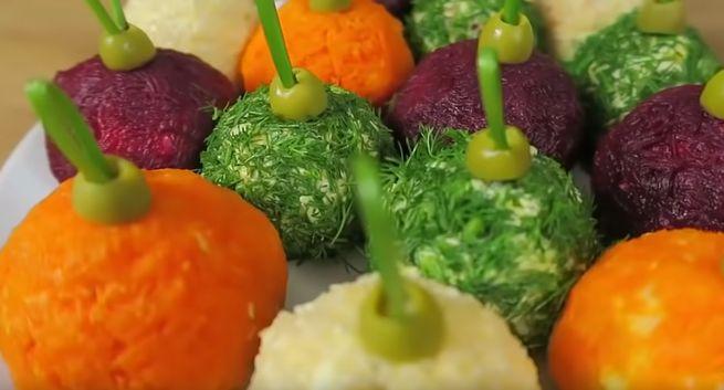Новогодние шары» из картофеля