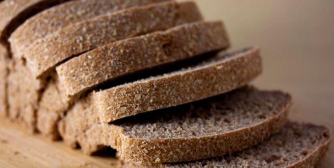 как правильно хранить хлеб в домашних условиях, чтобы не черствел и не плесневел