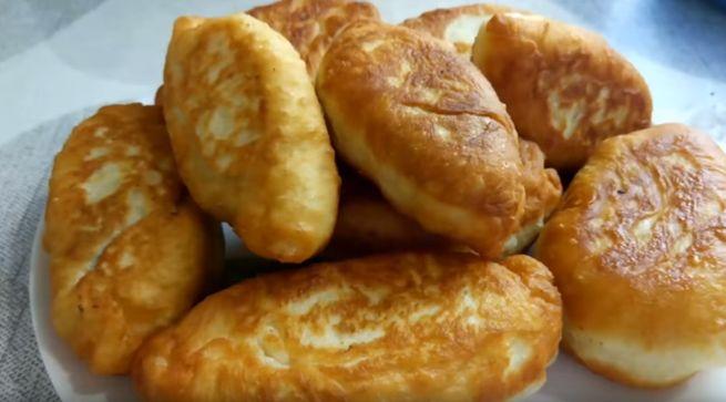 Вкусные ливерные пирожки по-домашнему с луком и укропом