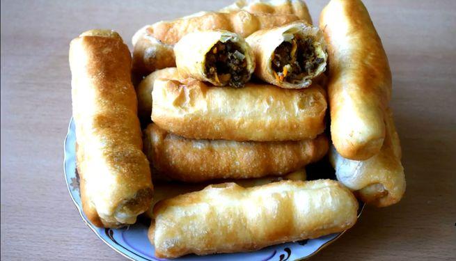 Вкусные пирожки с ливером жареные на масле и приготовленные в духовке
