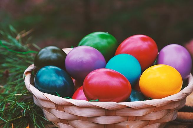Как оригинально и красиво покрасить яйца на Пасху 2019 - 15 смелых идей