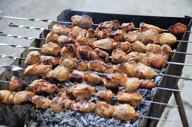 Выбираем мясо для шашлыка и готовим вкусный и ароматный шашлычок