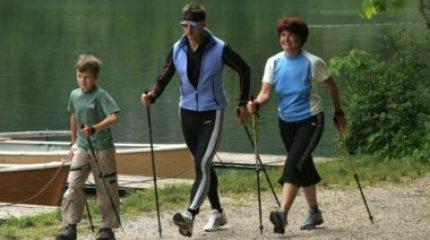 Польза скандинавской ходьбы для здоровья